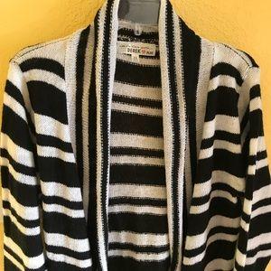 Black & White Striped Open cardigan Sweater Sz 1X